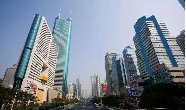 今年第一季度上海、北京、成都以及珠三角区域都有不少大宗地产交易成交