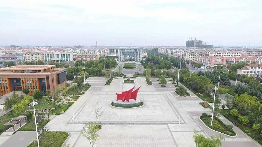李哥庄镇 11个村庄已整体搬迁 胶东国际机场征迁安置项目建设工程进展迅