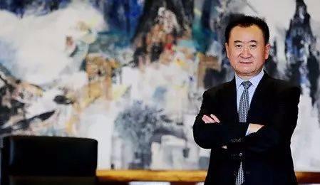 王健林宣布:全力投入艺术品收藏!
