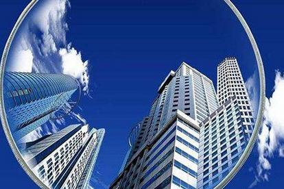 楼市调控加码,房价下跌信号明显,炒房客会降价抛售房产吗?