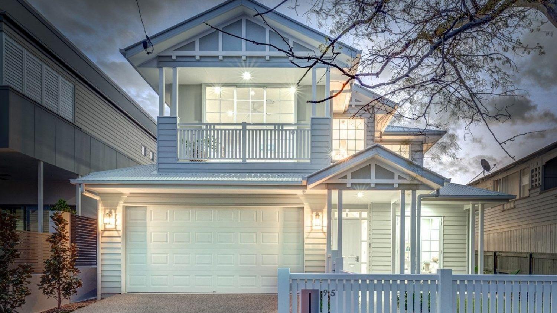 """在戈登公园 备受争议的新建筑""""昆士兰""""吸引了300人前来拍卖"""