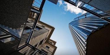 进入下半年多数房企都在积极推货加快项目周转速度