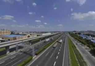 青浦区崧泽高架西延伸工程起点位于青浦西侧的漕盈路