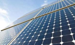 凯恩斯特许经营权所有者称太阳能电池需要一段时间