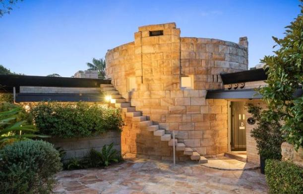 Castlecrag是市场上最具代表性的家