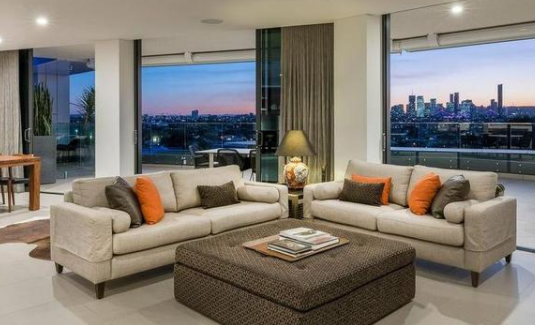 巴尔莫勒尔公寓拍卖打破郊区纪录