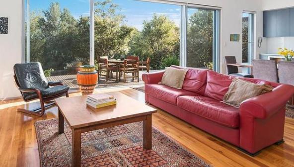 经验丰富的老将珍妮麦克林出售了22年的家