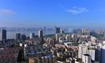 杭州房产成交量持续萎缩降价出售成为常态