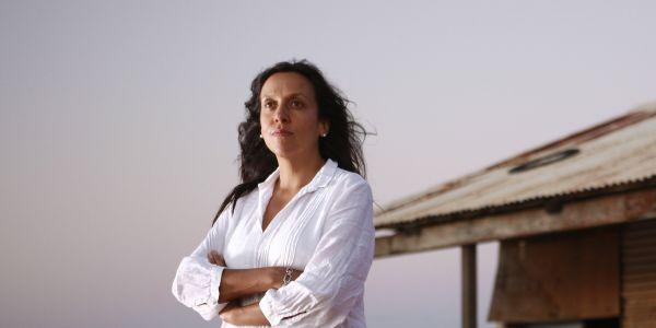 电影导演雷切尔·帕金斯以300万美元的价格在邦迪海滩别墅