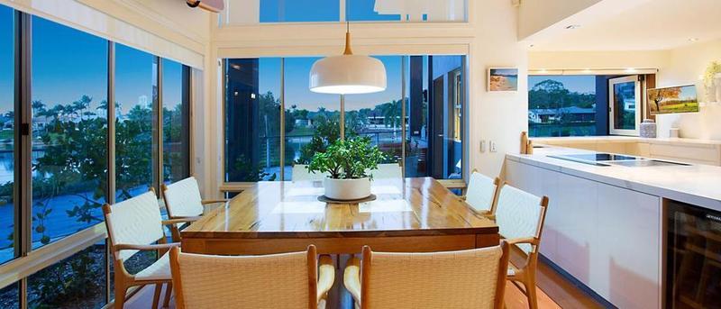 奥运游泳选手Sam Riley将黄金海岸的房产出售
