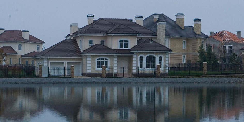 在莫斯科附近的乡村别墅租赁的年度收益率平均为4.4%