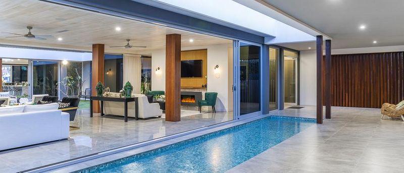 黄金海岸巨型豪宅的价格下跌近200万美元