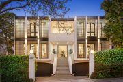 最优质的超现代住宅在高端市场上出售