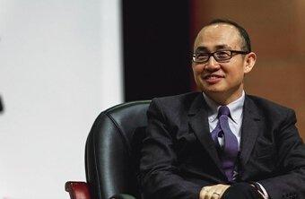 SOHO中国董事长潘石屹在新项目丽泽SOHO现身