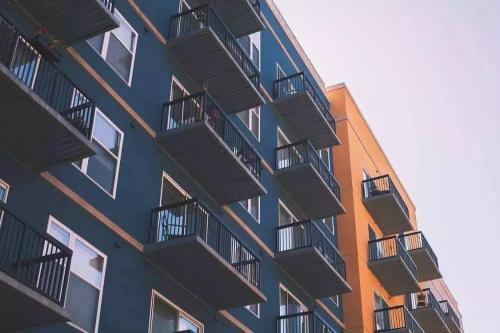 构建房地产市场健康发展长效机制