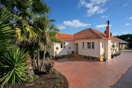 Double Bay住宅在拍卖会上售价超过60万美元