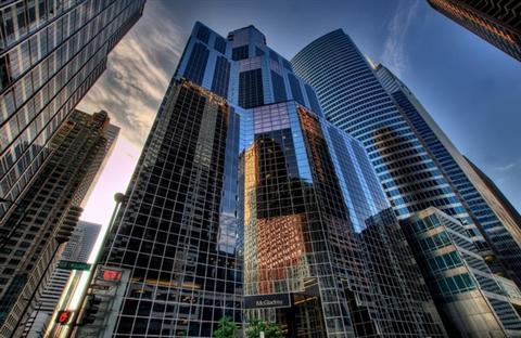 房地产投资销售额下降52%