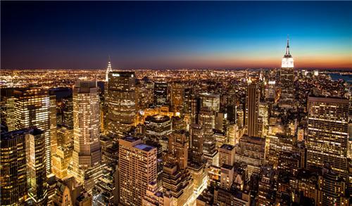 房地产管理服务有限责任公司持有423万美元作为市场估值上涨