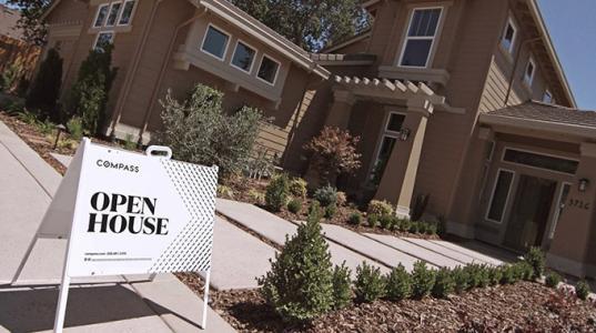 丹佛的房地产市场讲述了两个城市的故事