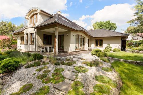 转型联邦待售房屋融合了顶级特色
