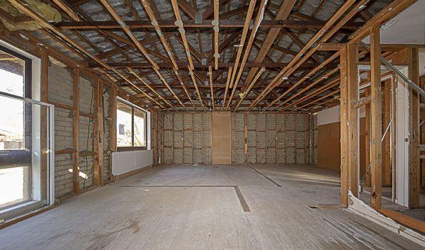 堪培拉拍卖会:Gutted Kambah住宅占地四分之一英亩 售价425,000美元