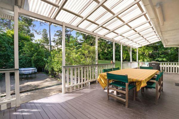 尽管拍卖市场放缓 但圣露西亚的房子售价为177万美元
