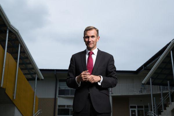 随着Berejiklian政府的重新选举 新南威尔士现在有一个公共空间部长Rob Stokes