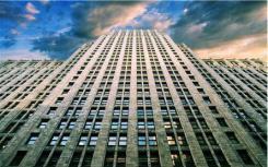 随着建筑商重新关注入门级市场 预计新屋规模将呈下降趋势