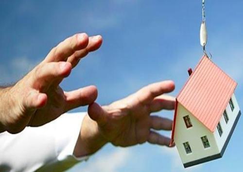 随着房地产市场的波动 经纪人制定了购房者的战略