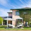 610万美元的Costa豪宅已在Newtown上市