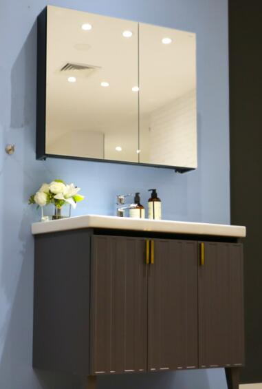 评测恒洁轻装系列浴室柜怎么样以及乐家花洒质量如何
