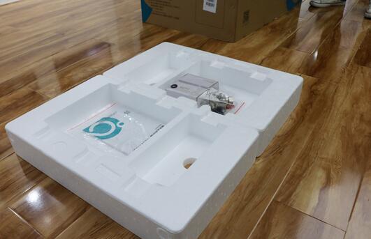 评测汉逊AI集成热水器耐用吗以及晾霸极光Q4声控除螨晾衣机使用寿命如何