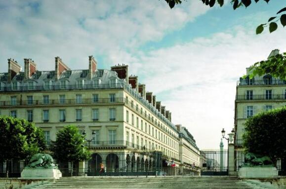 亨德森公园以5.5亿欧元的价格收购巴黎威登姆威斯汀酒店