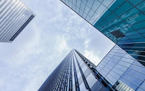 TOP10房企中9家目标增速低于10%