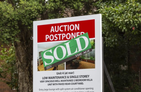 墨尔本的房地产继续保持坚挺 而且新的数据显示房价并未像去年那样折价