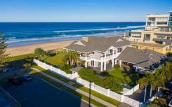 美人鱼海滩的Heron Avenue住宅以2500万美元的价格售出