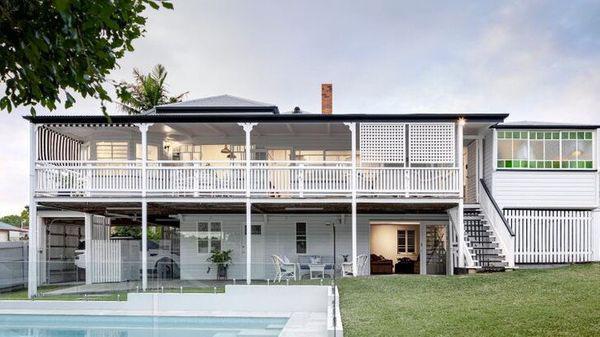 这栋经过翻新的房子位于Moorooka 以115万美元的价格被拍卖