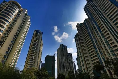 报告显示三四线城市地产库存风险正在逐步累积