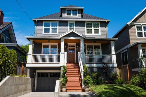 加拿大房地产公司QuadReal利用绿色债券需求以获得价格优势
