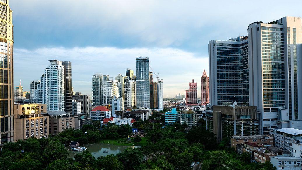 广州新房共拿下6945套网签 环比上个周期涨95%