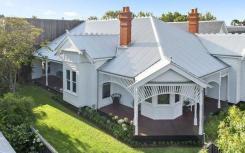 吉朗的房地产价格已超出六个月前的令人沮丧的预测
