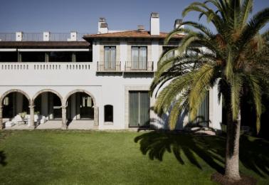 时装设计师Eva Chow的艺术宅邸以6500万美元的价格推向市场