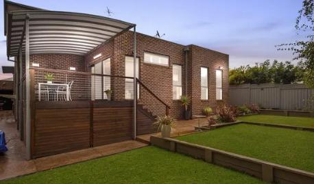 在过去30年中墨尔本的房屋价格飙升