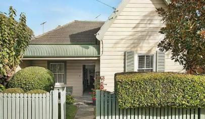 耗资3500英镑的历史小屋以其260万美元的价格出售