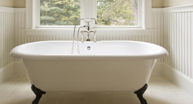 现在的装修趋势正朝着花哨的超大淋浴间发展