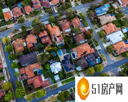 在房地产繁荣和工资增长缓慢的情况下 房价收入比继续攀升