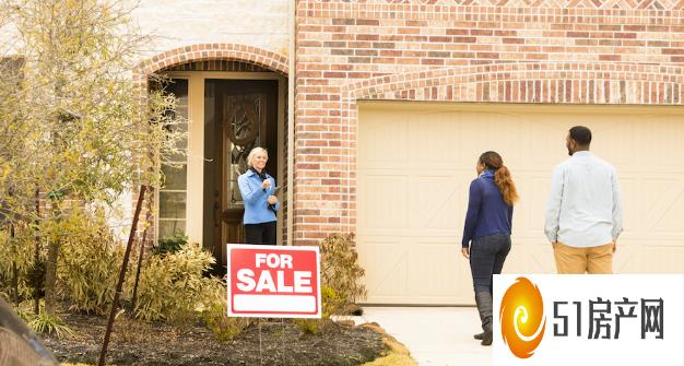 许多房主正在为是否出售房屋的决定而苦苦挣扎